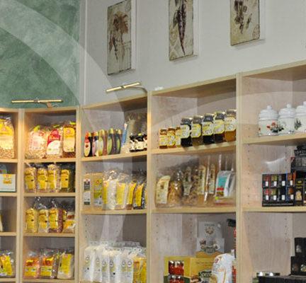 Alimentazione sana, biologica, snack gustosi, fitoterapia…